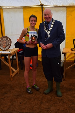 Sophie Tothill recieving her bronze award for finishing 3rd in the Midland Under-20 Women Cross Country Championships at Loughborough on Saturday 28th January.